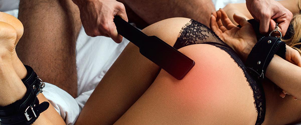 spanking her bum